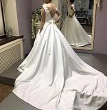 Продам эксклюзивное свадебное платье !